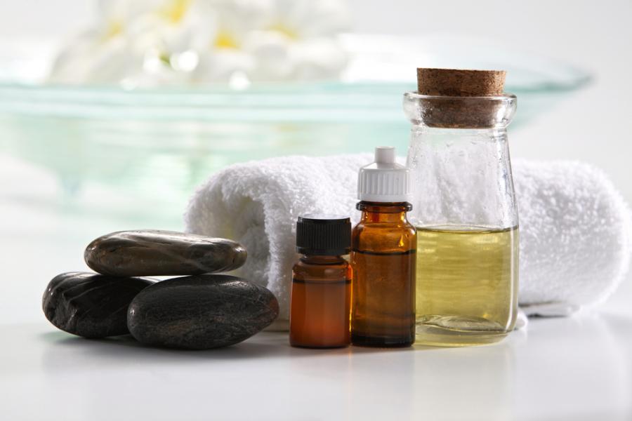 7 sposobów na wykorzystanie oleju moringa w pielęgnacji